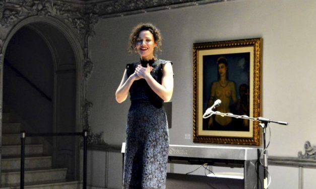 Homenaje de Sheila Blanco a la mujer en la Casa Lis